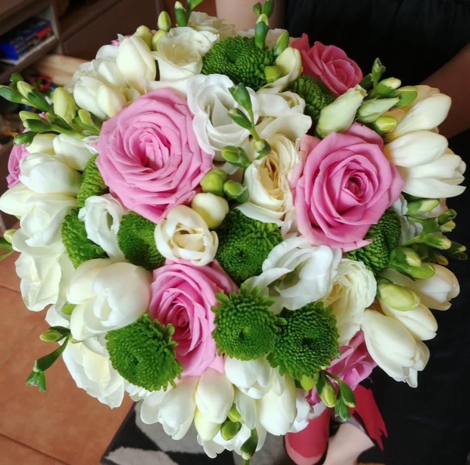 Buchet mireasa trandafiri albi roz
